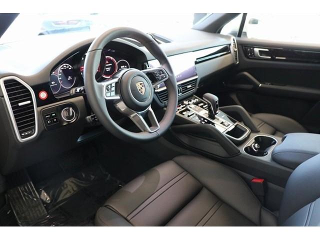 New 2019 Porsche Cayenne Base